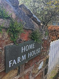 Home Farm House - Scarborough's Luxury Self Catering Holiday Home with Private Indoor Pool